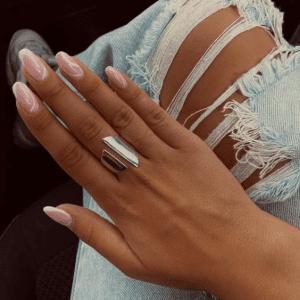 טבעת שירי